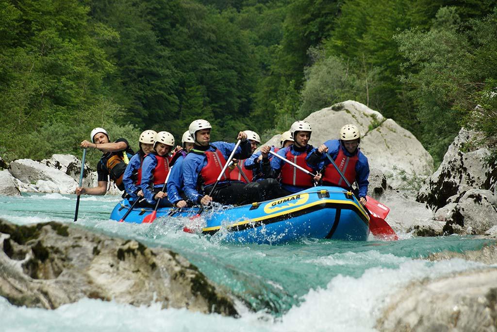 Visoka Soča na raftingu, Bovec, Slovenia